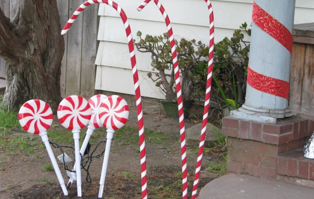 giant candy canes - Giant Candy Decorations Christmas
