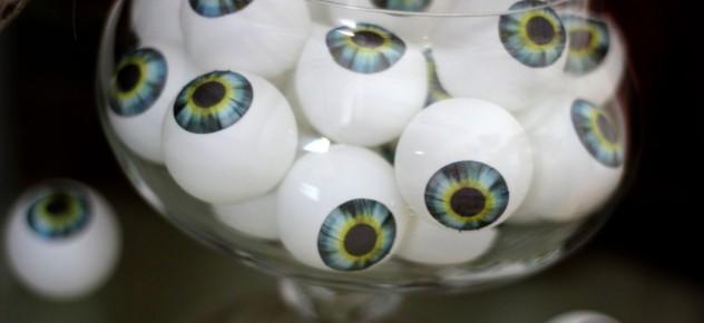 pingpong eyeballs1b - Halloween Ping Pong Balls